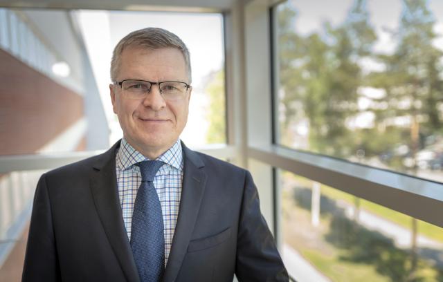 Kuntayhtymäjohtaja-rehtori Jarmo Paloniemi