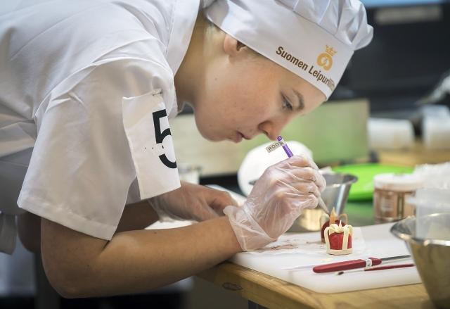 Roosa Rautio sijoittui hopealle Taitaja 2017 -kilpailussa.