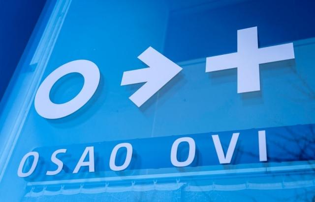 OSAO Ovi -hakijapalvelu Oulun Pikisaaressa auttaa ja neuvoo hakijoita koko kesän.