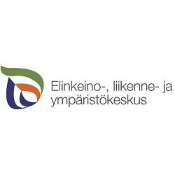 Logo, jossa pisaran muotoisessa asetelmassa sinisiä, vihreitä ja punaisia kaarevia viivoja ja vieressä teksti Elinkeino-, liikenne- ja ympäristökeskus.